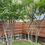 庭のフェンス【ウエスタンレッドシダー施工例 s20200714-1】